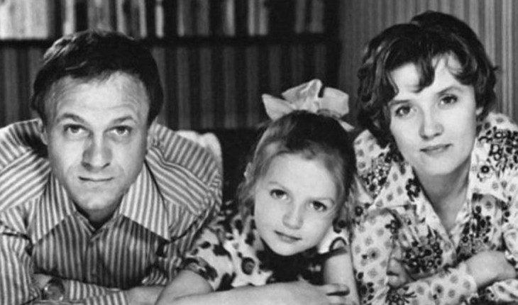 Юлия Меньшова рассказала о разводе своих родителей