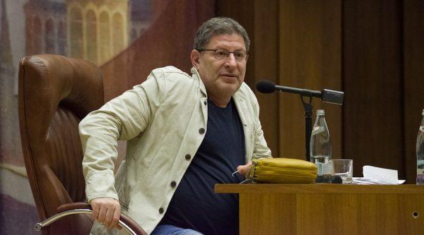 Михаил Лабковский получает 95 000 руб. за один сеанс. Коллеги высказались о работе «фейкового» специалиста