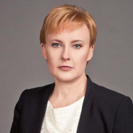 Елена Лапушкина