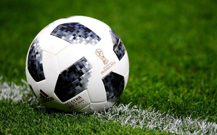 мяч на поле