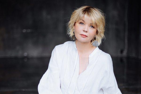 Биография телеведущей Юлии Меньшовой: карьера, личная жизнь
