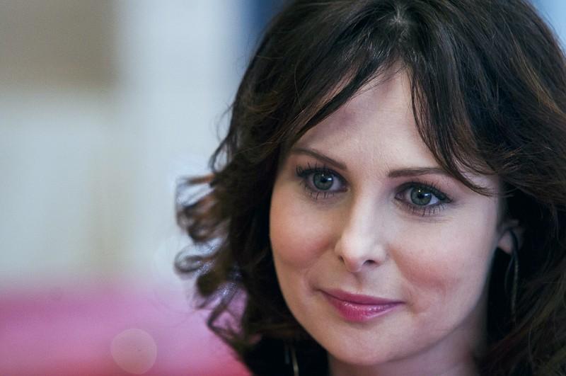 Ольга Понизова биография, личная жизнь, семья, муж, дети — фото