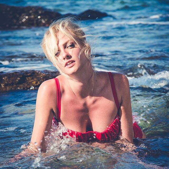 Полина Максимова голая фото