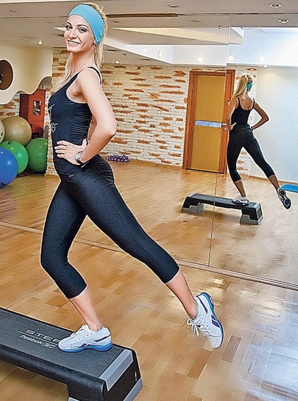 Рост, вес, возраст. Сколько лет Полине Максимовой