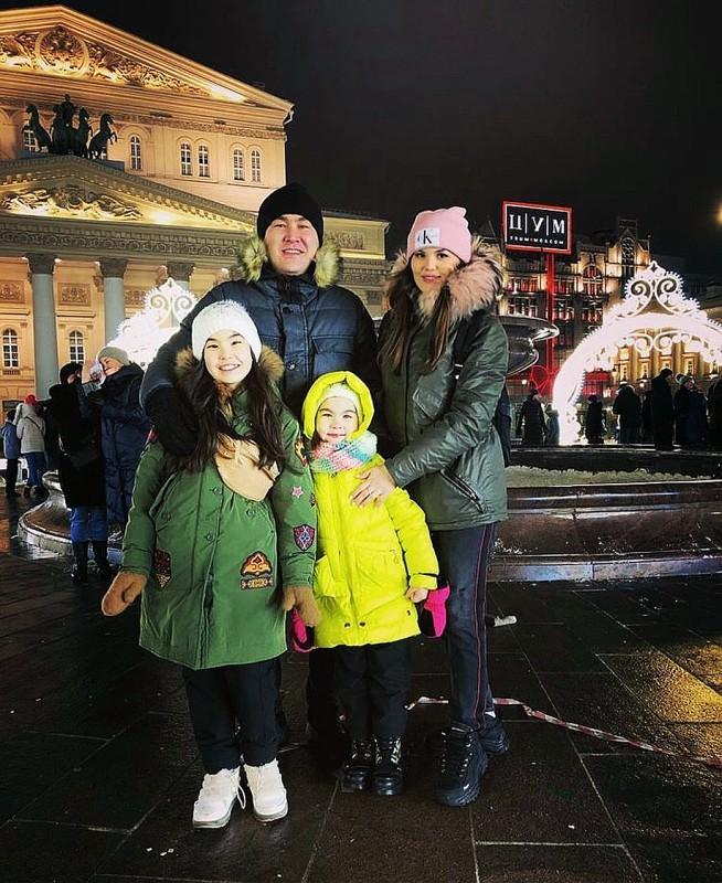 Семья и дети Азамата Мусагалиева
