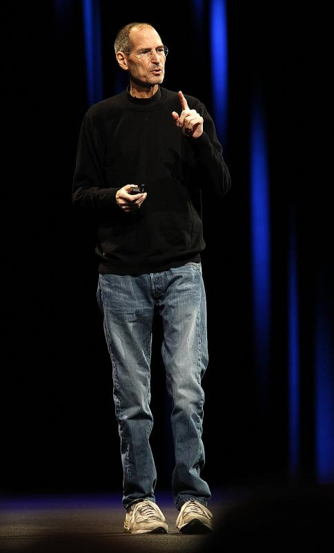 Стив Джобс в полный рост
