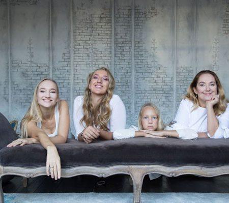 Три дочери Евгения Сидихина