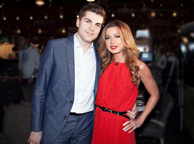 Жена Дмитрия Борисова — Юлия Савичева