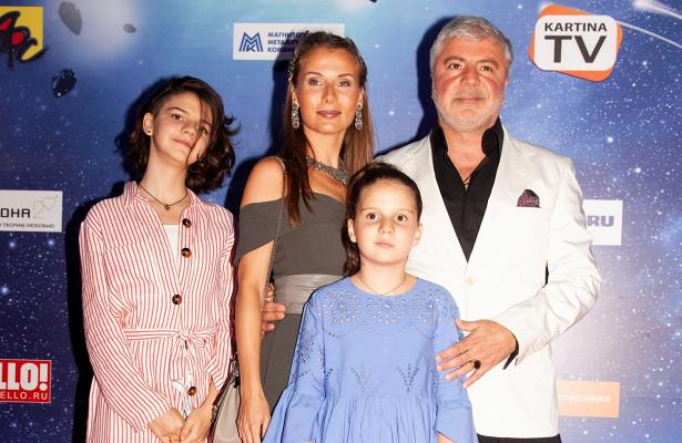 Жена Сосо Павлиашвили– фото, сколько лет, национальность, дочки