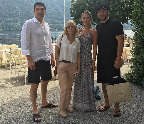 Жена Александра Овечкина – фото, новости
