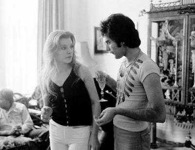 Жена Фредди Меркьюри – фото, личная жизнь, молодость