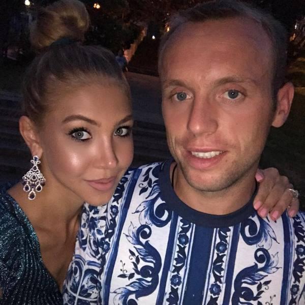Жена Дениса Глушакова – фото, измены, скандал, последние новости