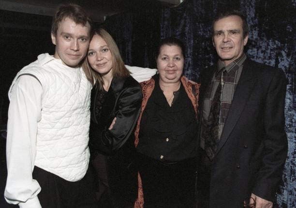 Жена Евгения Миронова – фото, биография, личная жизнь