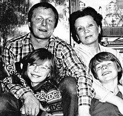 Жена Владислава Галкина – фото, биография