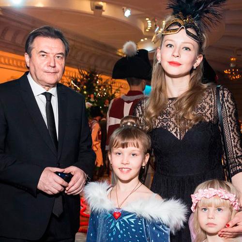 Юлия Пересильд и ее муж – фото, личная жизнь, биография, дети