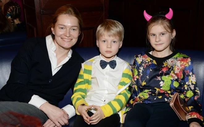 Муж Виктории Толстогановой – фото, дети, семья