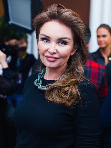 http://www.mega-stars.ru/img/other/album_preview_pictures/malikova_elena/wp/001.jpg