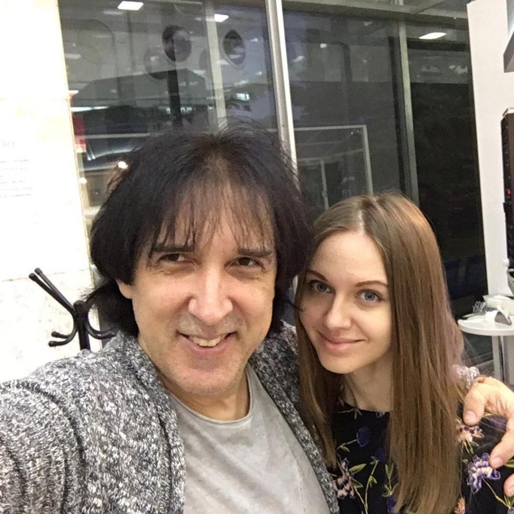 Жена Кая Метова