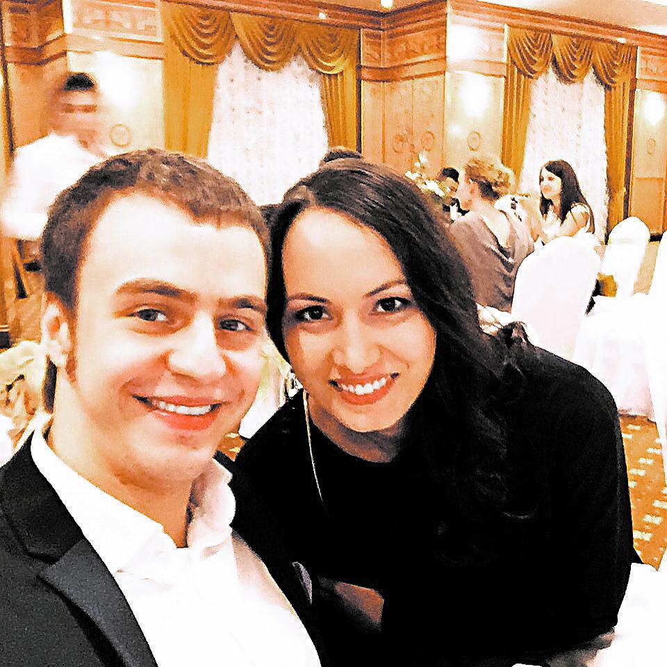 Жена Ивана Абрамова — фото с женой и дочкой